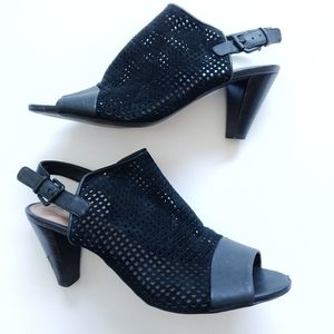 Tahari Eloise Sandals